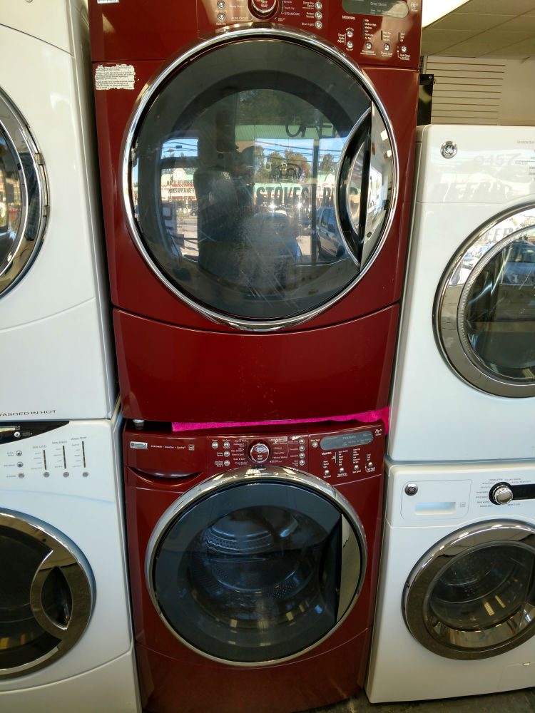 Color washer dryer